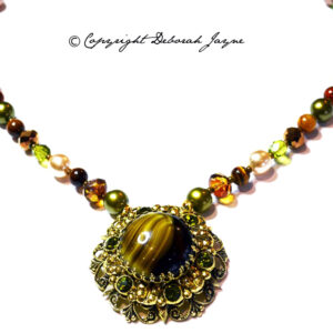simulated agate necklace