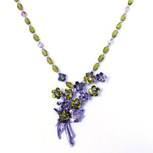 green vintage necklace
