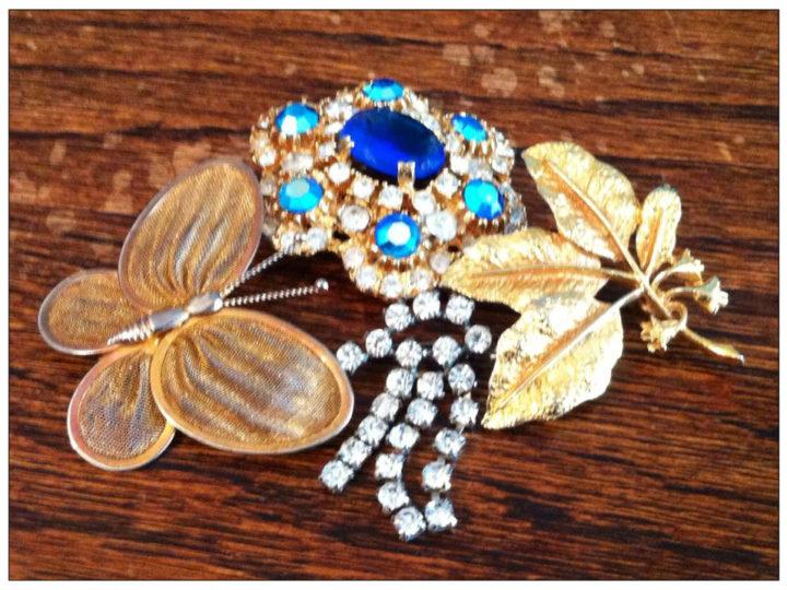 Jewellery hunting hoards