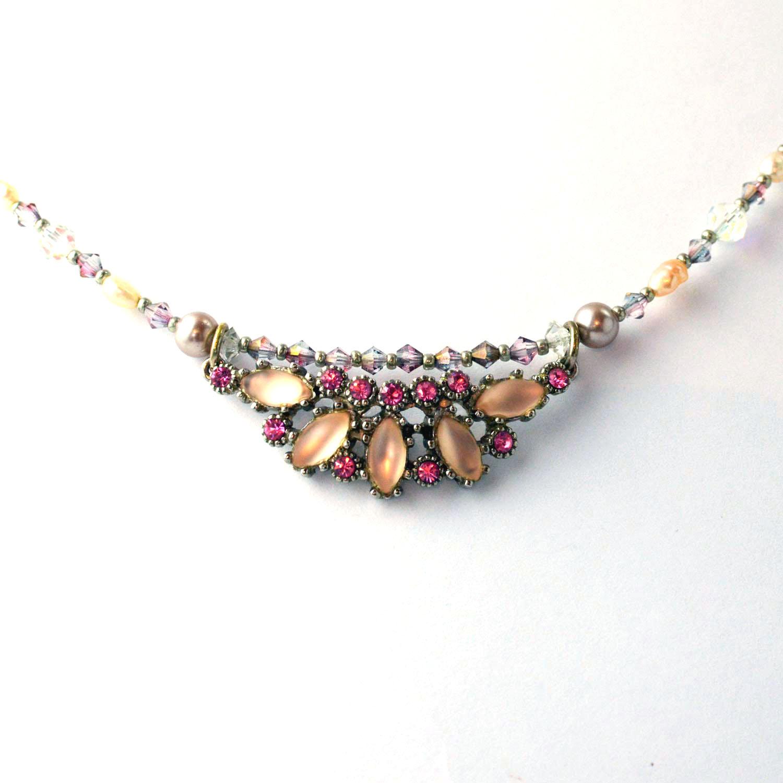 vintage pale pink necklace