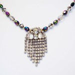 statement necklace 1950s glamour